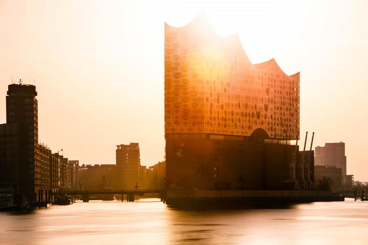 Elbphilharmonie im Sonnenaufgang #4 | Kai-Uwe Klauss Photography