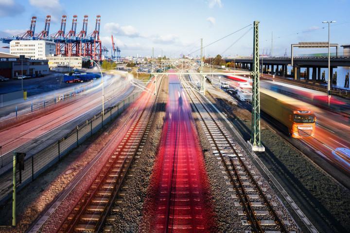 Güterverkehr Hamburger Hafen | Kai-Uwe Klauss Photography
