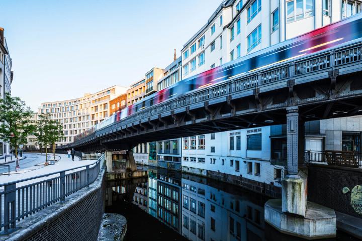 U-Bahn Mönkedamm, Hamburg | Kai-Uwe Klauss Architecturephotography