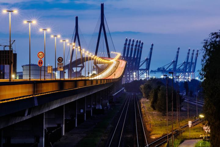 Köhlbrandbrücke Hamburg, blaue Stunde | Kai-Uwe Klauss Photography