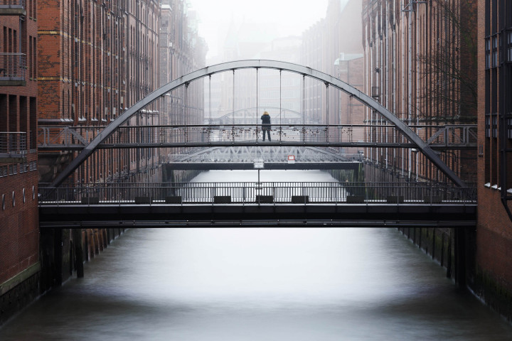 Kehrwiederfleet im Nebel #3 | Kai-Uwe Klauss Architecturephotography