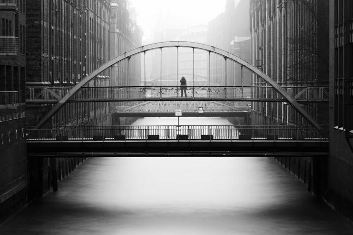 Kehrwiederfleet im Nebel #1 | Kai-Uwe Klauss Architecturephotography