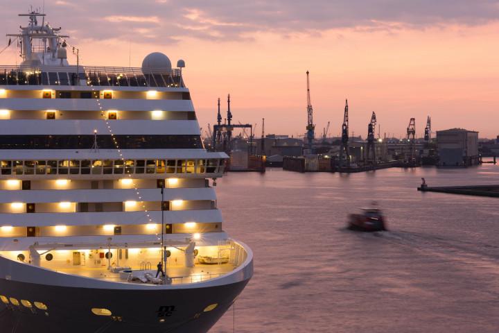 Kreuzfahrtschiff Hamburg | Kai-Uwe Klauss Photography