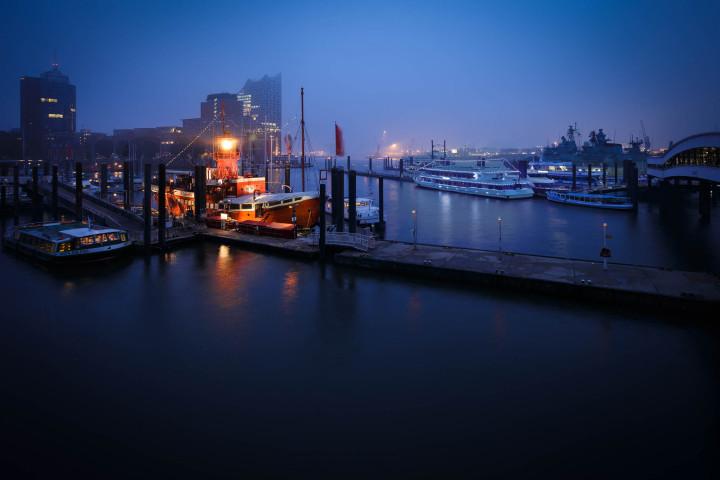 Nächtlicher_Niederhafen_Hamburg | Kai-Uwe Klauss Photography