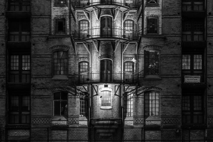 Speicherstadt-Fassade #1 | Kai-Uwe Klauss Architecturephotography