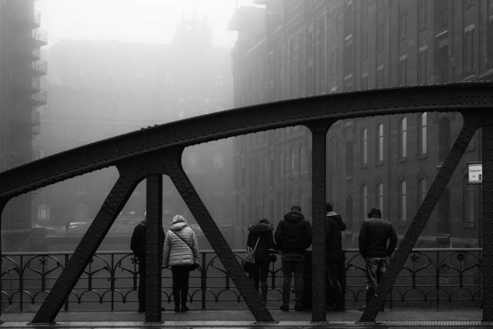 Hamburger Speicherstadt im Nebel #3 | Kai-Uwe Klauss Architecturephotography