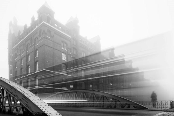 Hamburger Speicherstadt im Nebel #6 | Kai-Uwe Klauss Architecturephotography