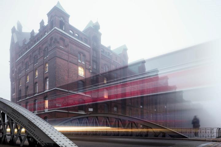Hamburger Speicherstadt im Nebel #7 | Kai-Uwe Klauss Architecturephotography