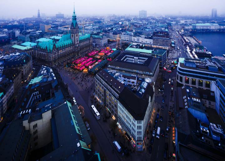 Weihnachtsmarkt_Hamburg_Rathausmarkt #6 | Kai-Uwe Klauss Photography
