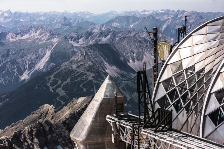 Futuristische Architektur auf er Zugspitze | Kai-Uwe Klauss Photography