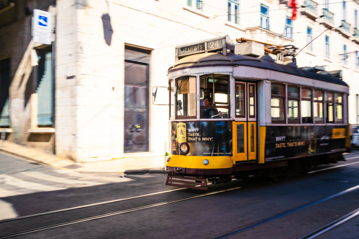 Tram, Lissabon #16 | Kai-Uwe Klauss Architecture Photography