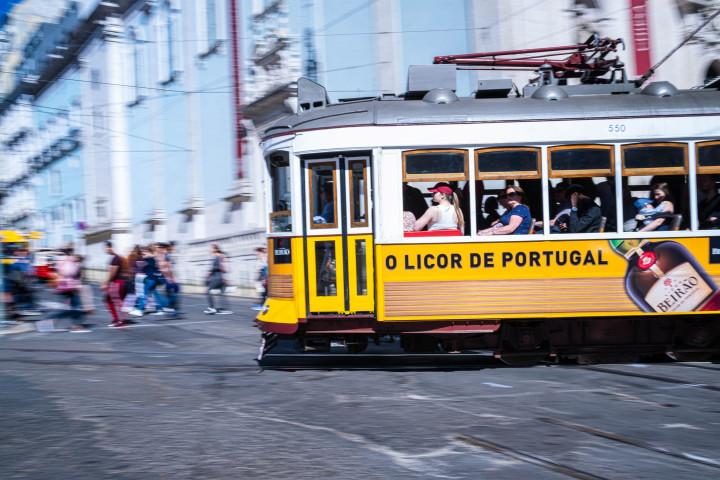 Tram, Lissabon #26 | Kai-Uwe Klauss Architecture Photography