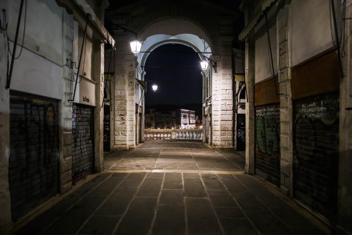 Morgens auf der Rialto-Brücke, Venedig #32 | Kai-Uwe Klauss Architekturfotografie