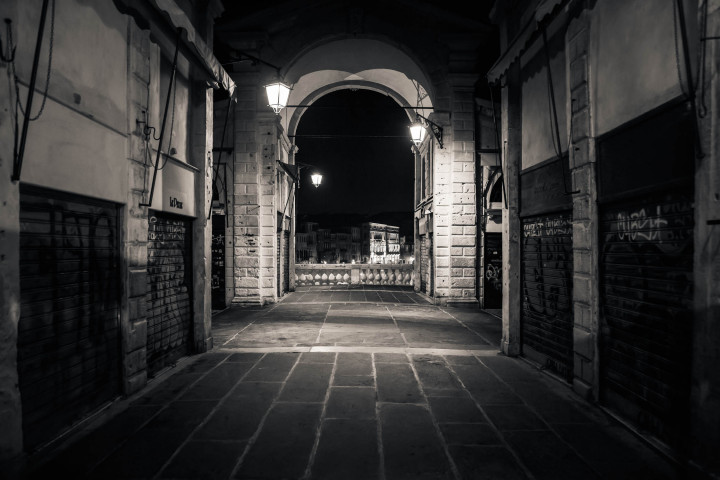 Morgens auf der Rialto-Brücke, Venedig #36 | Kai-Uwe Klauss Architekturfotografie